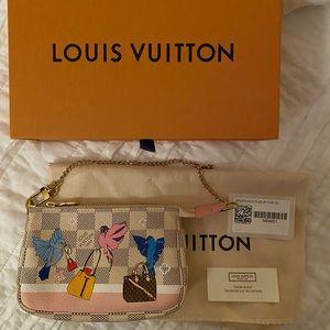 BNWT Louis Vuitton Mini Pochette